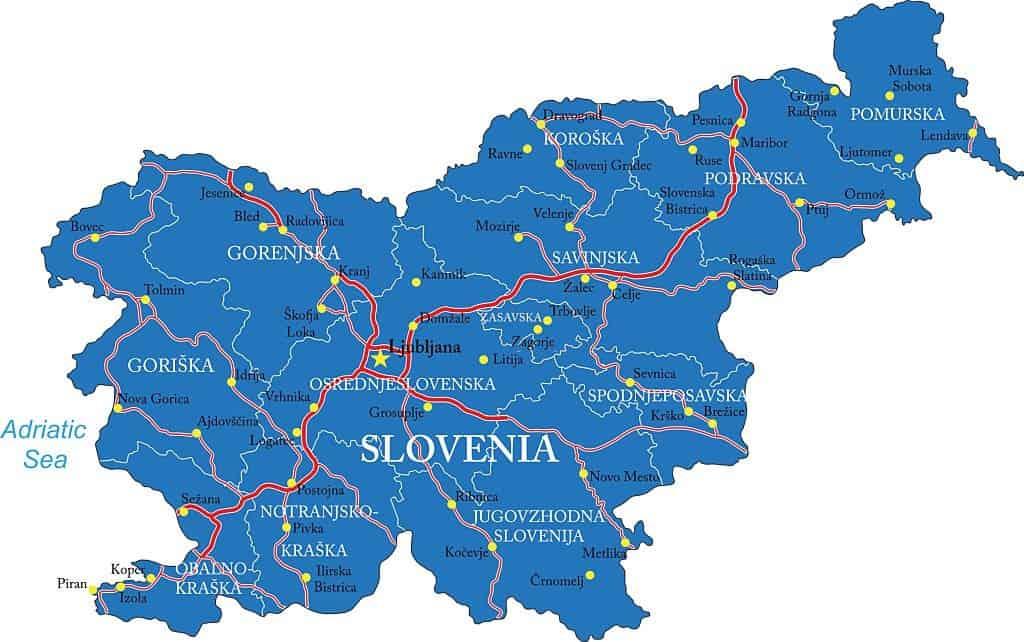 Mapa de Slovenia con carreteras y ciudades más importantes