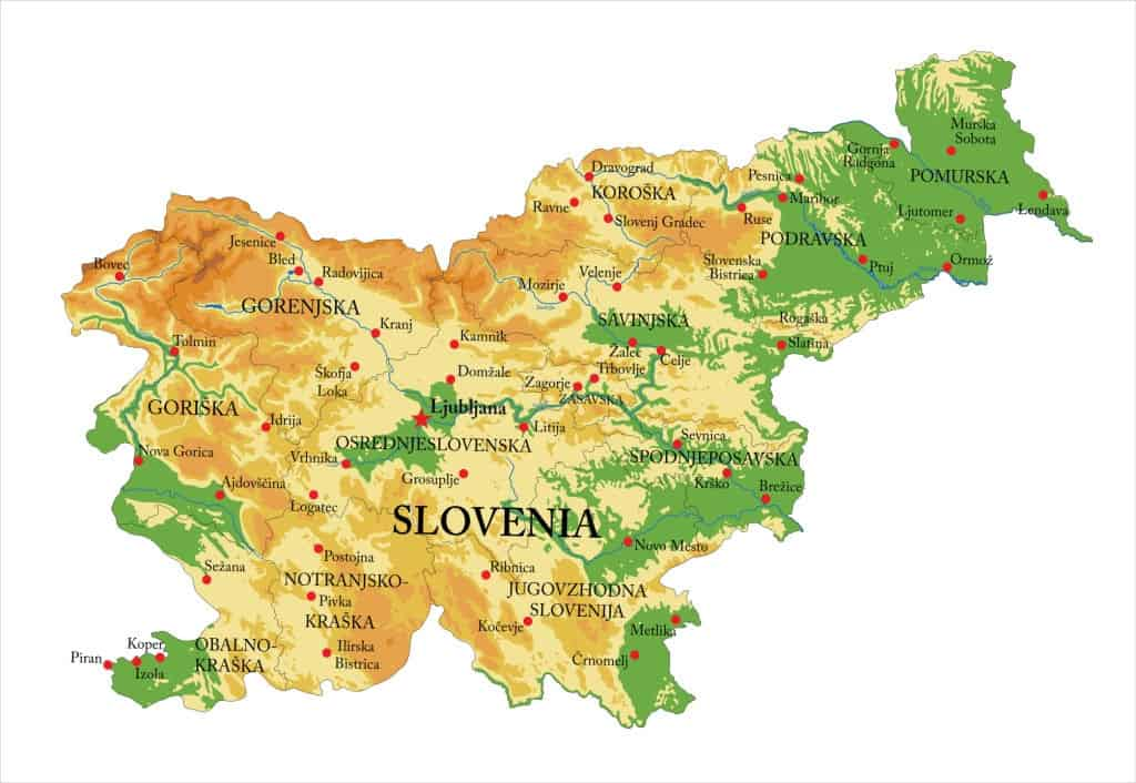 Mapa topográfico de Slovenia